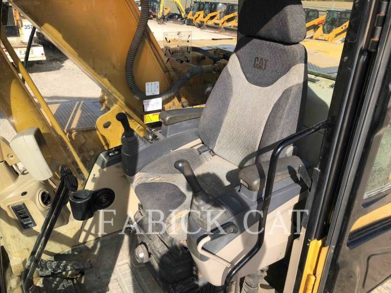 CATERPILLAR TRACK EXCAVATORS 320CL equipment  photo 15