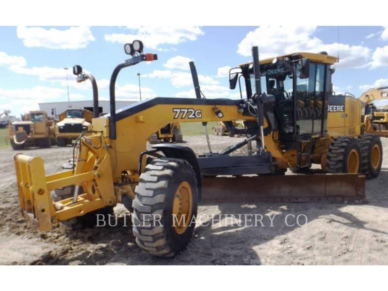 DEERE & CO. MOTOR GRADERS 772G equipment  photo 1