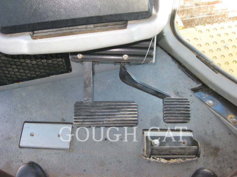 CATERPILLAR CIĄGNIKI GĄSIENICOWE D6TXLVP equipment  photo 23
