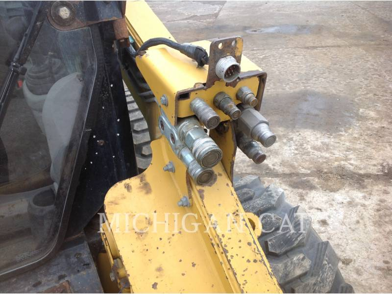 CATERPILLAR MINICARREGADEIRAS 262C AHQ equipment  photo 17