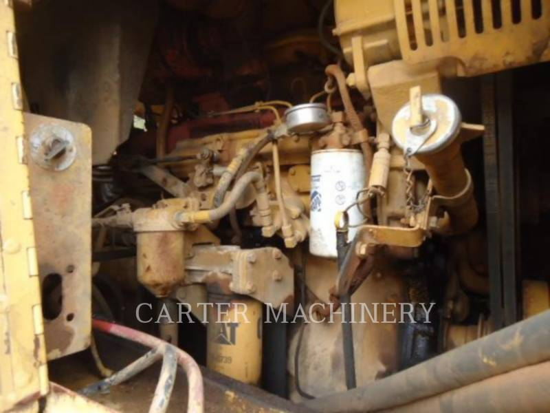 CATERPILLAR WHEEL TRACTOR SCRAPERS 615C equipment  photo 12
