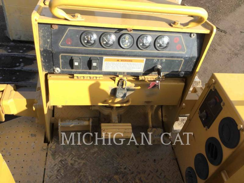 CATERPILLAR TRACTORES DE CADENAS D5CIII equipment  photo 18