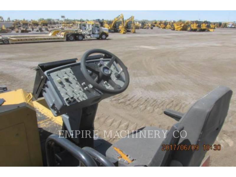 CATERPILLAR PAVIMENTADORES DE ASFALTO AP655D equipment  photo 12