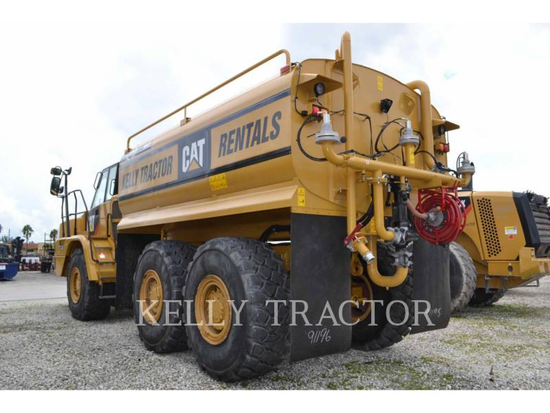 CATERPILLAR CAMIONES DE AGUA 725C equipment  photo 3