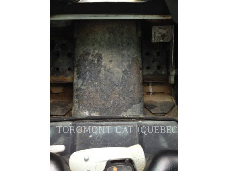 BOBCAT CARGADORES DE CADENAS T450 equipment  photo 17