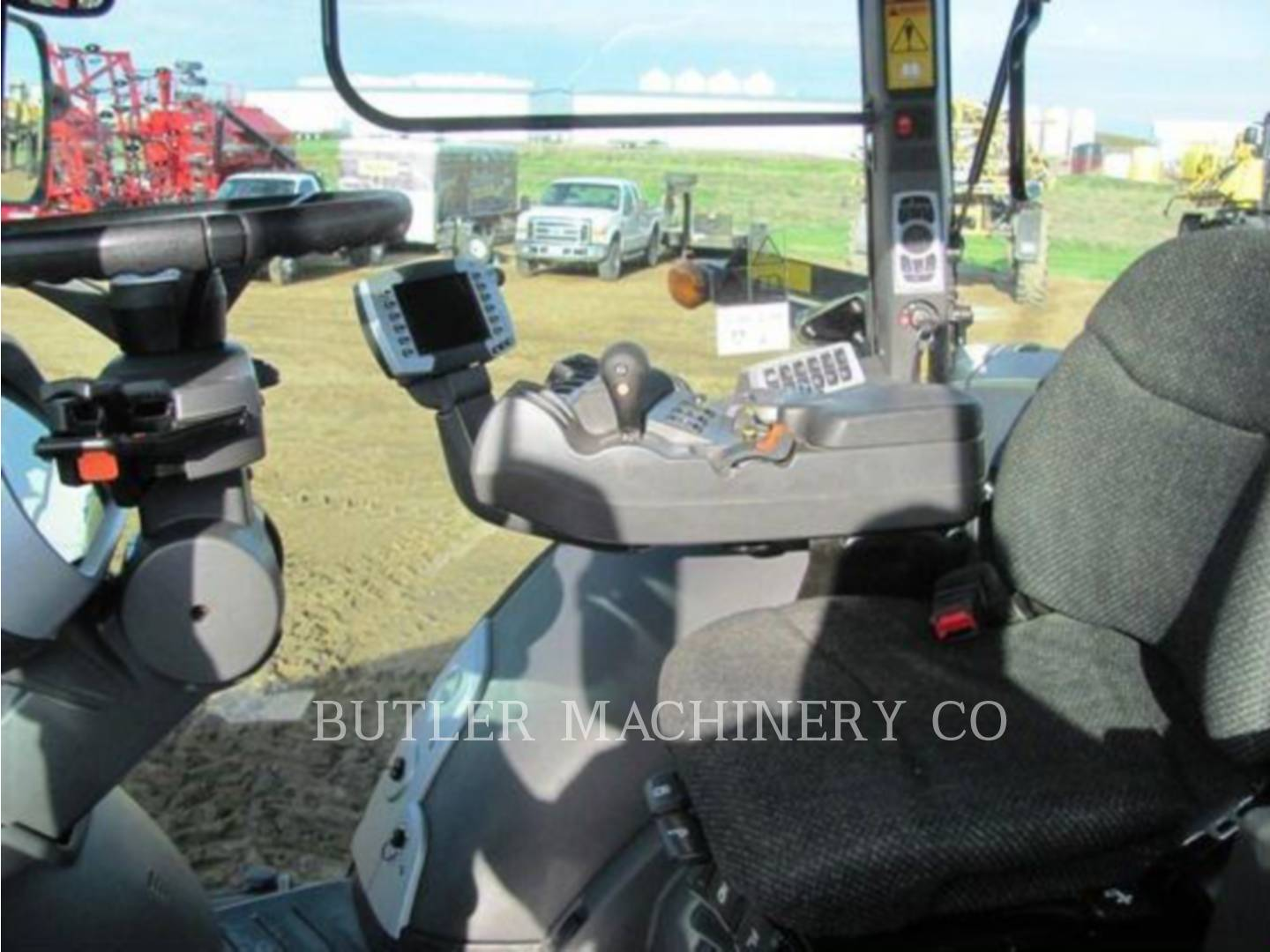 Detail photo of 2012 Challenger MT675D from Construction Equipment Guide