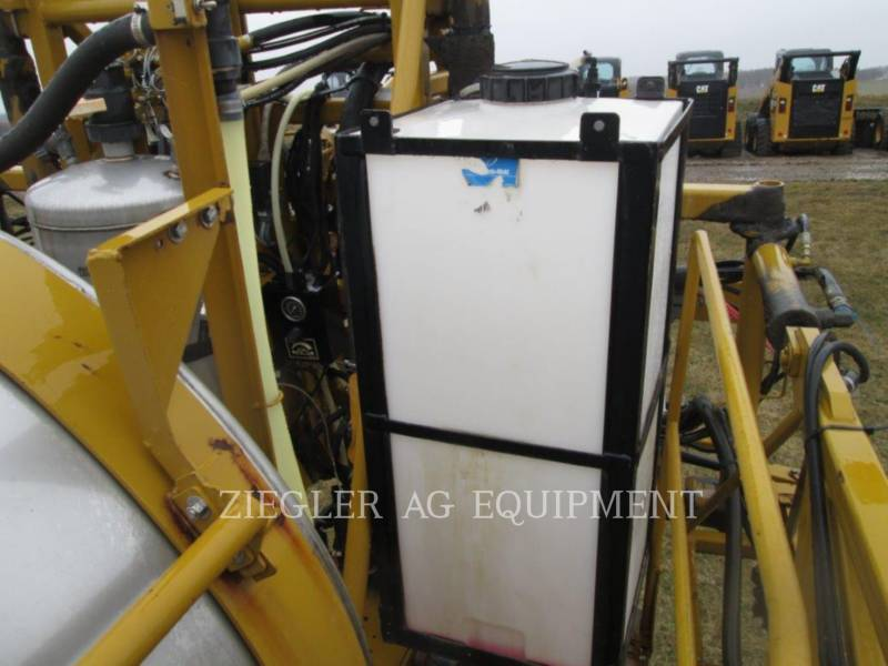 AG-CHEM PULVERIZADOR SS1074 equipment  photo 6