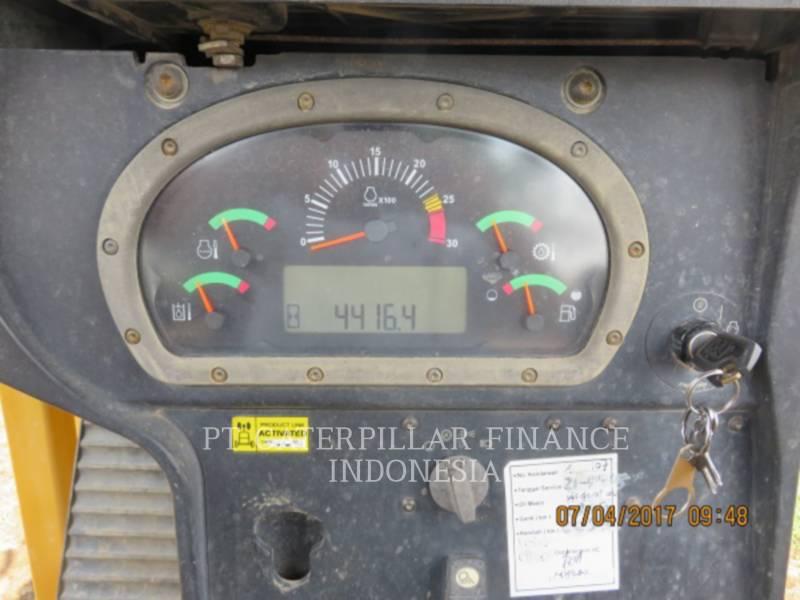 CATERPILLAR TRACTEURS SUR CHAINES D6R equipment  photo 6