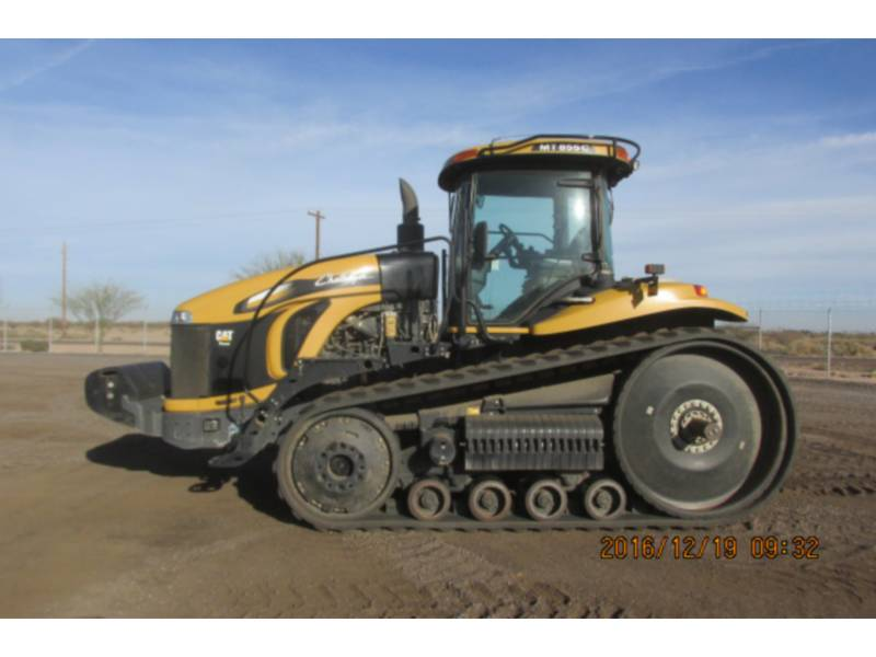 CATERPILLAR LANDWIRTSCHAFTSTRAKTOREN MT855C equipment  photo 2