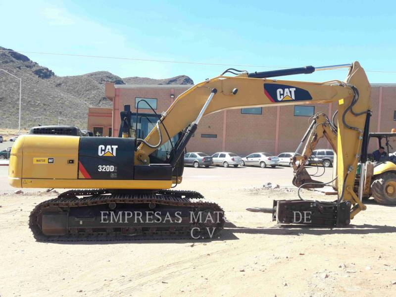 CATERPILLAR TRACK EXCAVATORS 320 D 2 GC equipment  photo 5