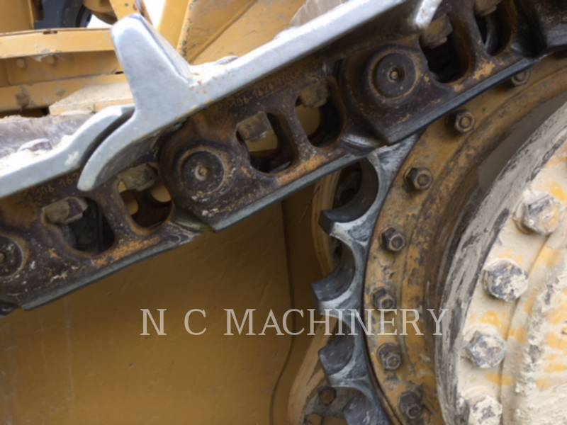 CATERPILLAR TRACK TYPE TRACTORS D6N XL equipment  photo 6