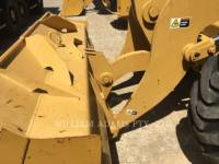 CATERPILLAR CARGADORES DE RUEDAS 910 equipment  photo 4
