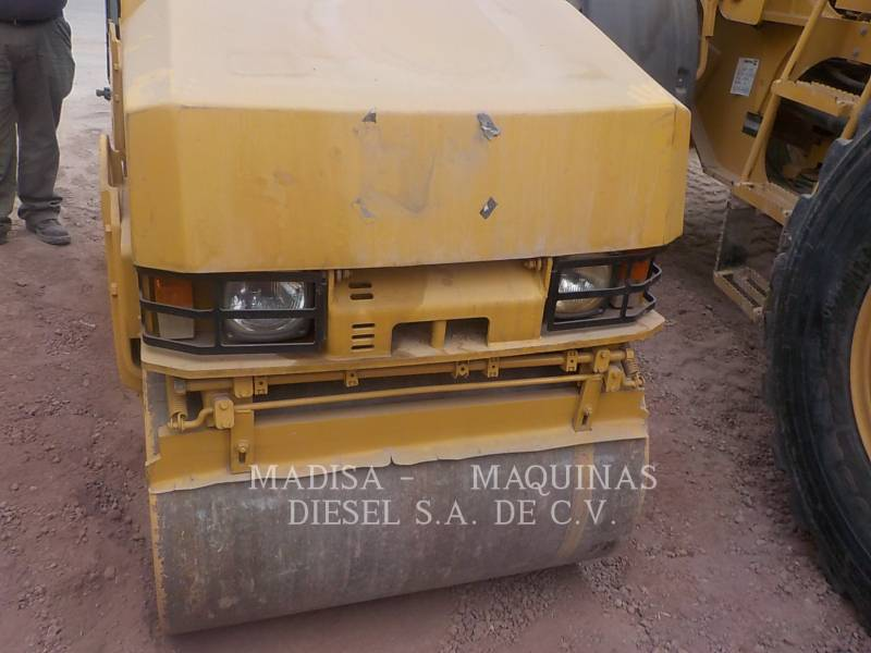 CATERPILLAR コンパクタ CB22 equipment  photo 11