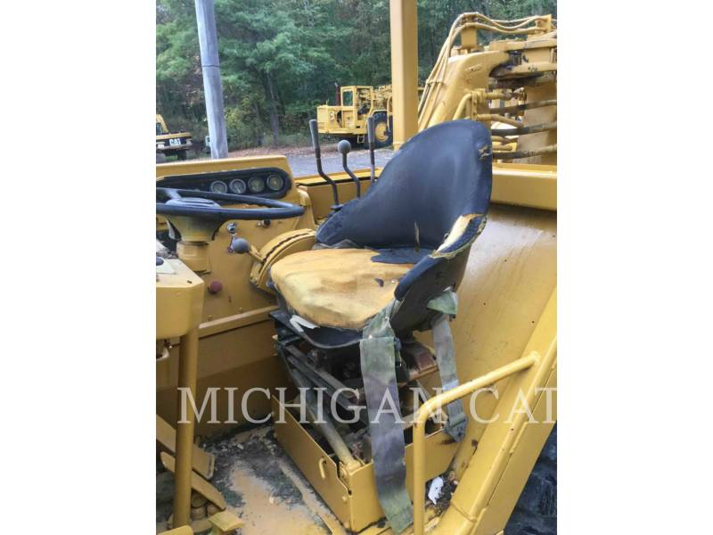 CATERPILLAR WHEEL TRACTOR SCRAPERS 613C equipment  photo 6