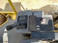 CATERPILLAR VIBRATORY SINGLE DRUM SMOOTH CS-533E equipment  photo 23