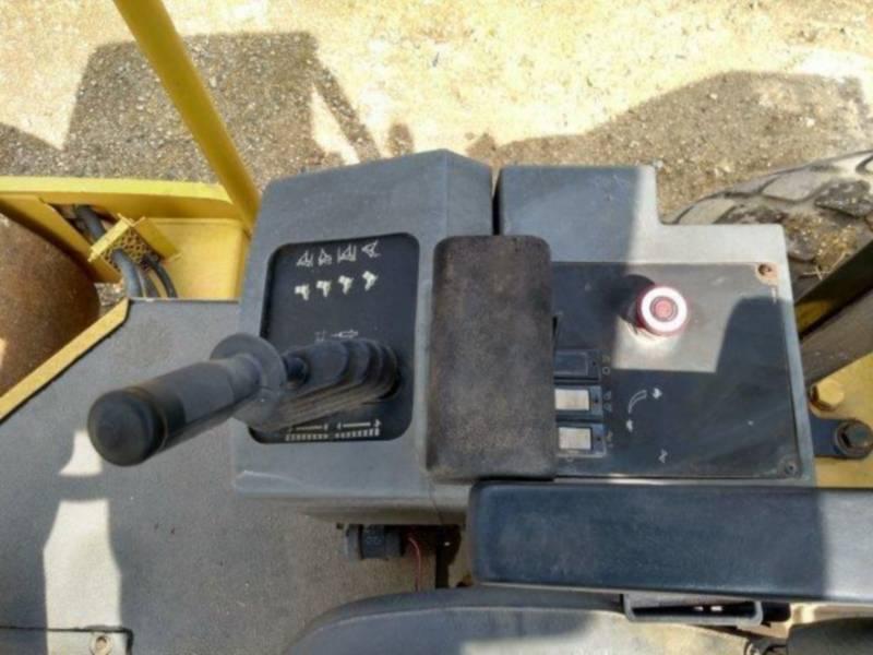 CATERPILLAR 振動シングル・ドラム・スムーズ CS-533E equipment  photo 23