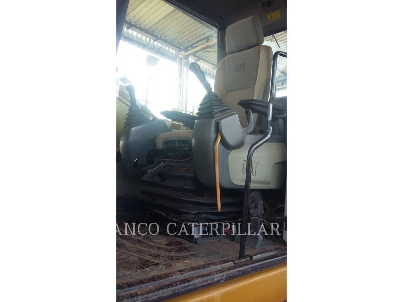 CATERPILLAR TRACK EXCAVATORS 320D2 equipment  photo 15