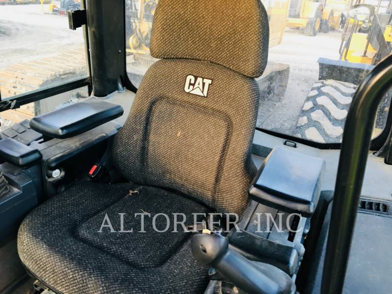 CATERPILLAR KETTENDOZER D6K LGP equipment  photo 4