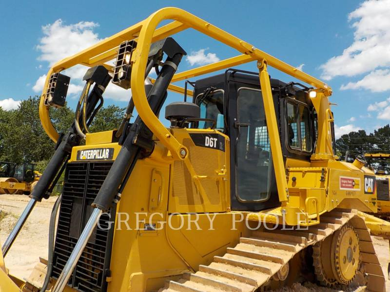 Caterpillar TRACTOARE CU ŞENILE D6T XL equipment  photo 2