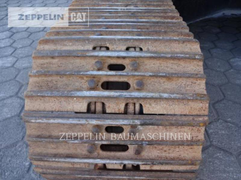 CATERPILLAR ESCAVATORI CINGOLATI 323D2L equipment  photo 13