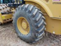 CATERPILLAR VIBRATORY SINGLE DRUM PAD CP-54B equipment  photo 17