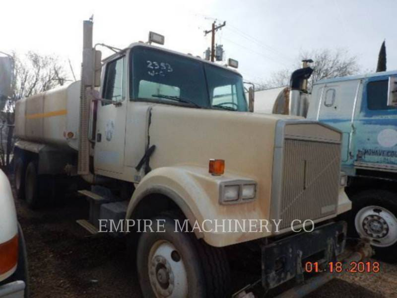 VOLVO CONST. EQUIP. NA, INC. SAMOCHODY-CYSTERNY 4K TRUCK equipment  photo 8