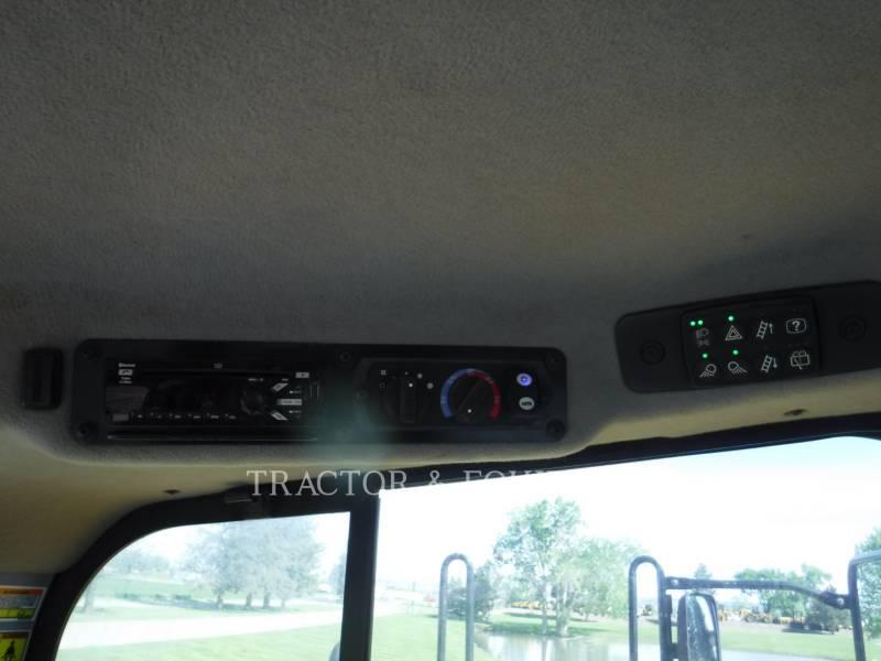 CATERPILLAR WHEEL TRACTOR SCRAPERS 627K equipment  photo 11