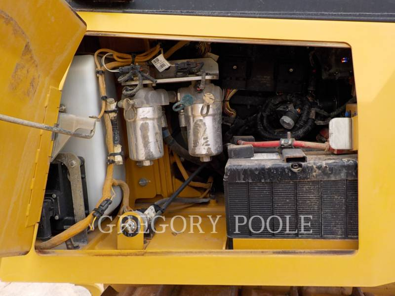 CATERPILLAR TRACTEURS SUR CHAINES D6K2 LGP equipment  photo 17