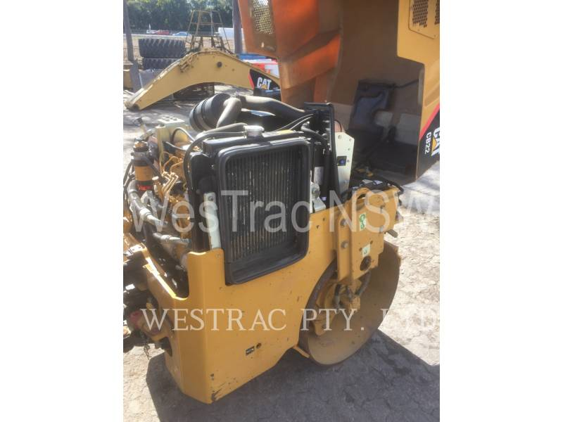 CATERPILLAR COMPACTEURS TANDEMS VIBRANTS CB22 equipment  photo 6