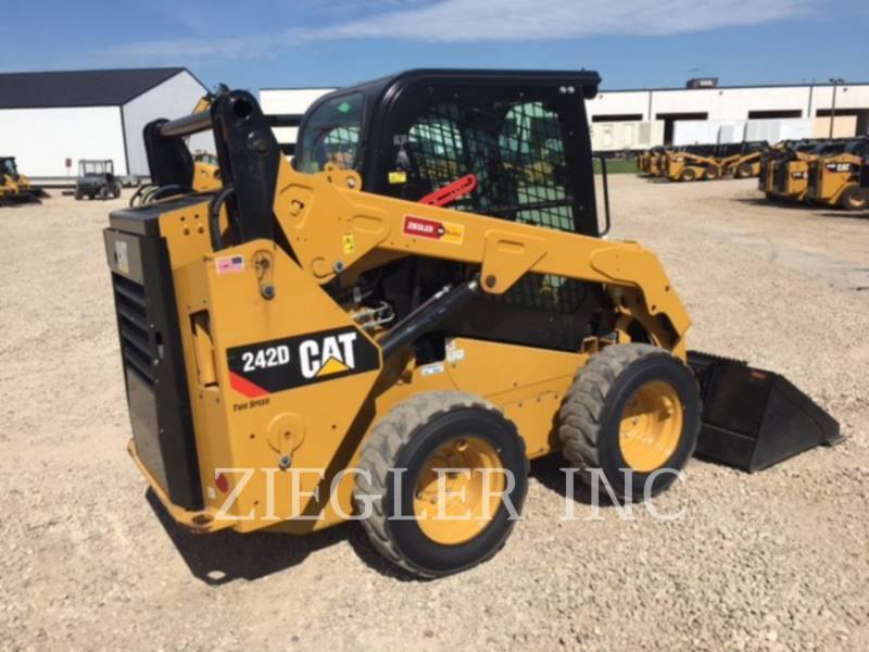 CATERPILLAR SKID STEER LOADERS 242DR equipment  photo 7