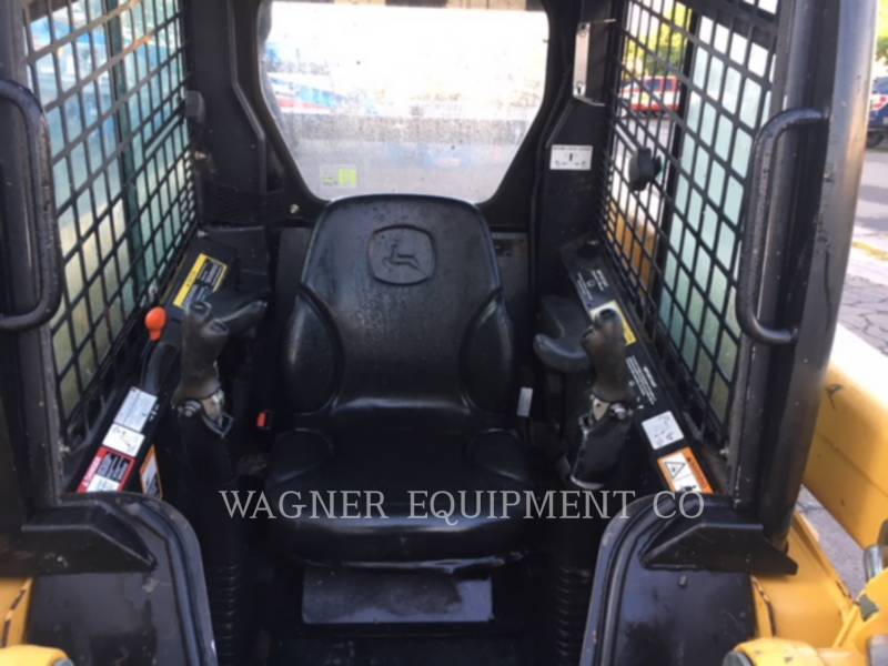 DEERE & CO. SKID STEER LOADERS 320 equipment  photo 5