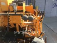 LEE-BOY ASPHALT PAVERS L8500 equipment  photo 21