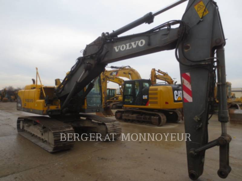 VOLVO CONSTRUCTION EQUIPMENT EXCAVADORAS DE CADENAS EC210BLC equipment  photo 3