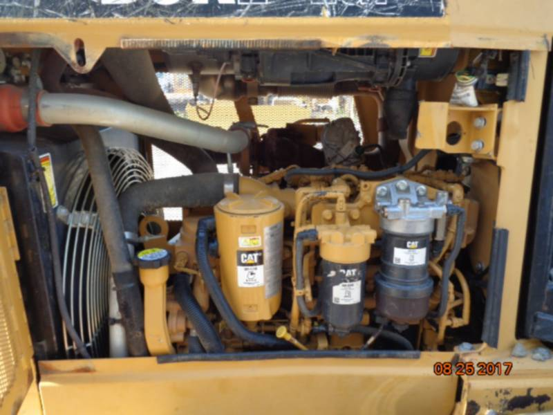 CATERPILLAR TRATTORI CINGOLATI D5K2LGP equipment  photo 12
