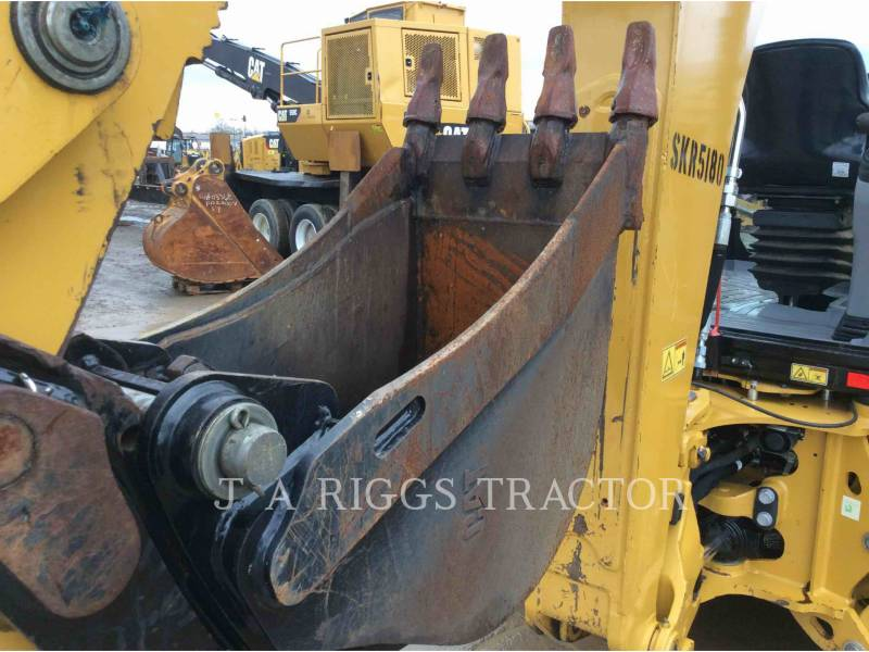 CATERPILLAR CHARGEUSES-PELLETEUSES 420F 4H equipment  photo 15