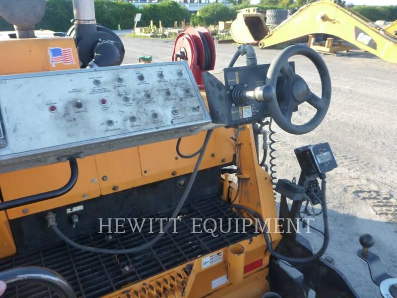 LEE-BOY ASPHALT PAVERS 8515B equipment  photo 7