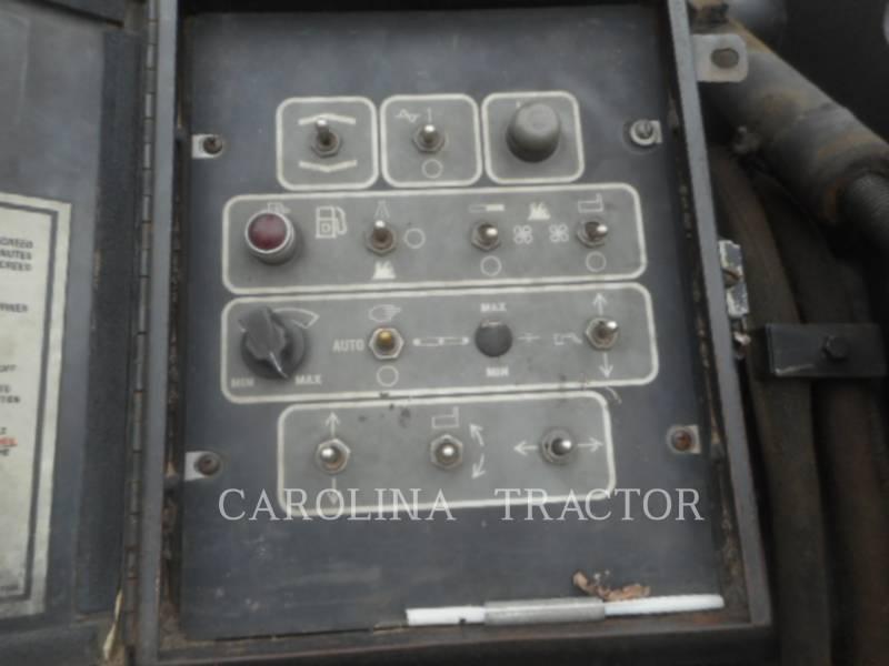 CATERPILLAR ASPHALT PAVERS AP655C equipment  photo 12