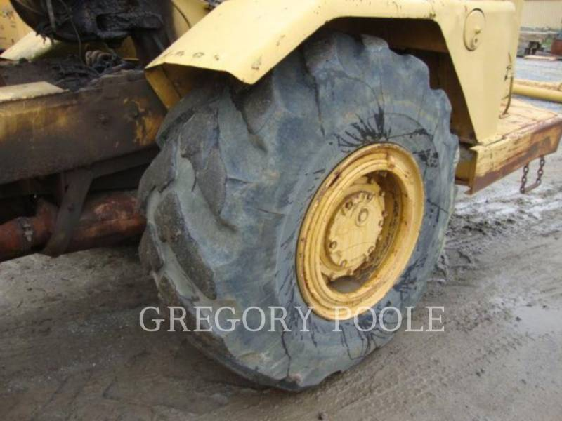CATERPILLAR WHEEL TRACTOR SCRAPERS 613B equipment  photo 19
