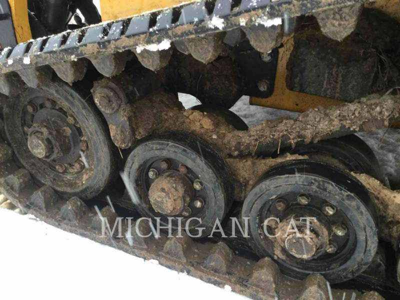 CATERPILLAR CHARGEURS TOUT TERRAIN 247B3 CQ equipment  photo 14