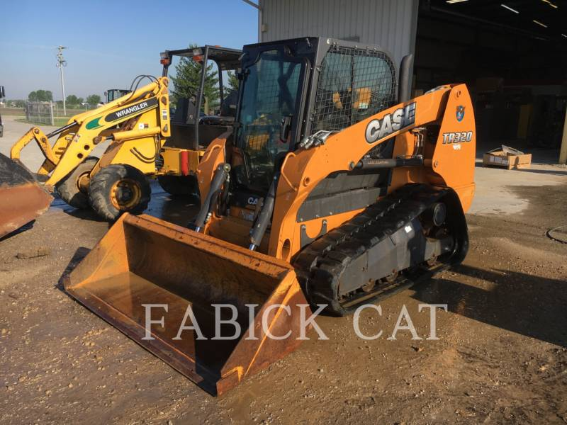 CASE/NEW HOLLAND CARGADORES MULTITERRENO TR320 equipment  photo 1