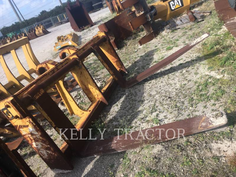CATERPILLAR WT – GABELN 966H QC equipment  photo 3