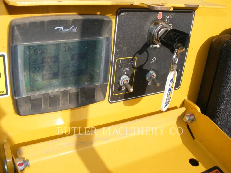 WEILER ASFALTEERMACHINES P385B equipment  photo 7