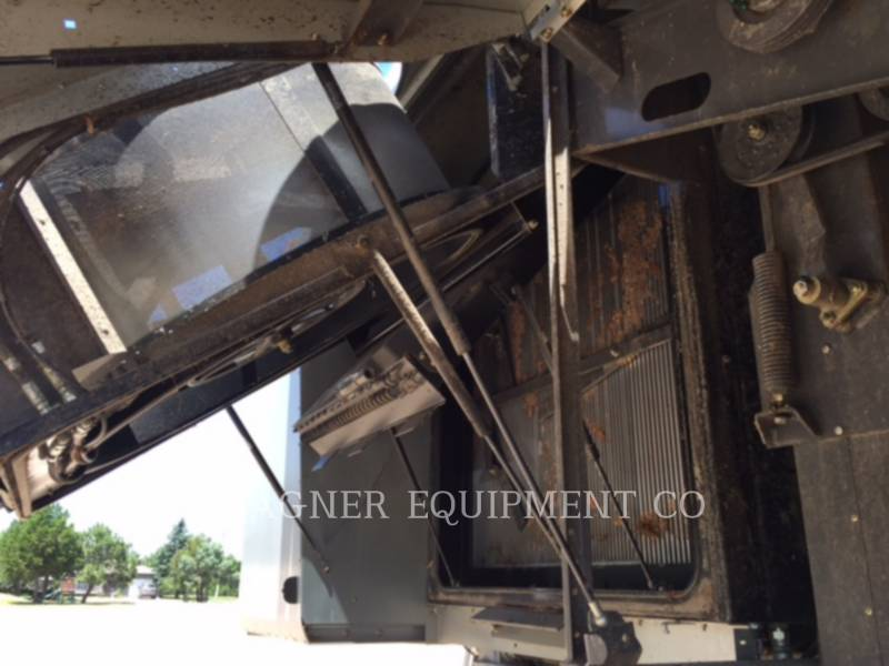 GLEANER COMBINES S77 equipment  photo 19