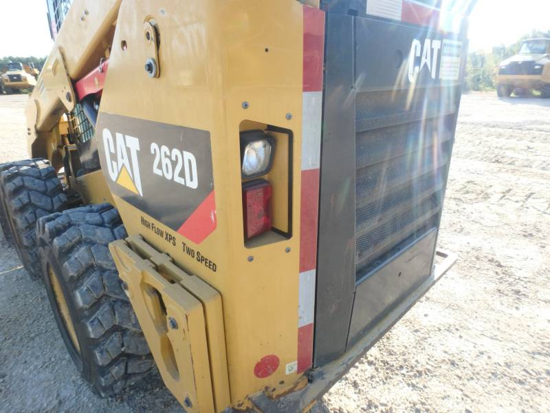 CATERPILLAR KOMPAKTLADER 262D equipment  photo 22