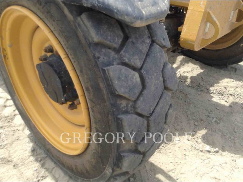 CATERPILLAR TELEHANDLER TL642C equipment  photo 21