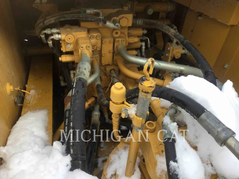 CATERPILLAR EXCAVADORAS DE CADENAS 336EL Q equipment  photo 11