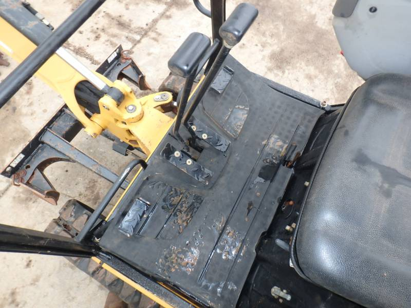 CATERPILLAR EXCAVADORAS DE CADENAS 301.4C equipment  photo 16