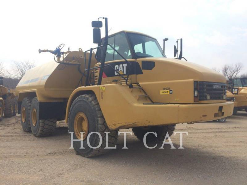 CATERPILLAR WATER TRUCKS W00 740 equipment  photo 2