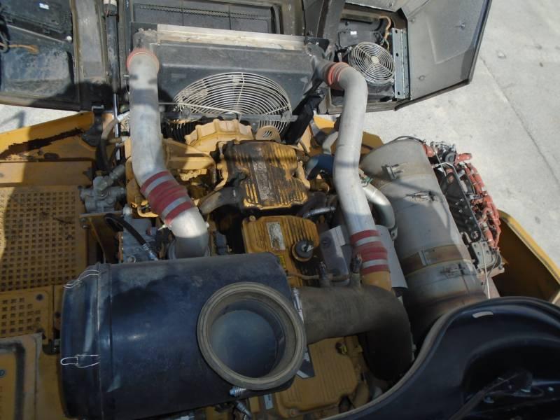 CATERPILLAR CAMINHÕES ARTICULADOS 740B equipment  photo 10
