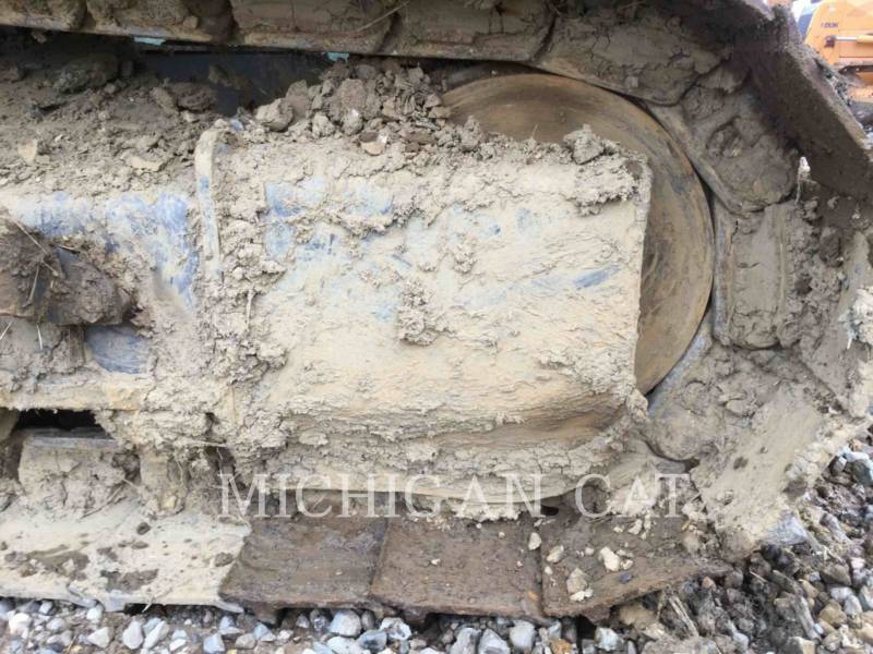CASE TRACK EXCAVATORS CX160 equipment  photo 15